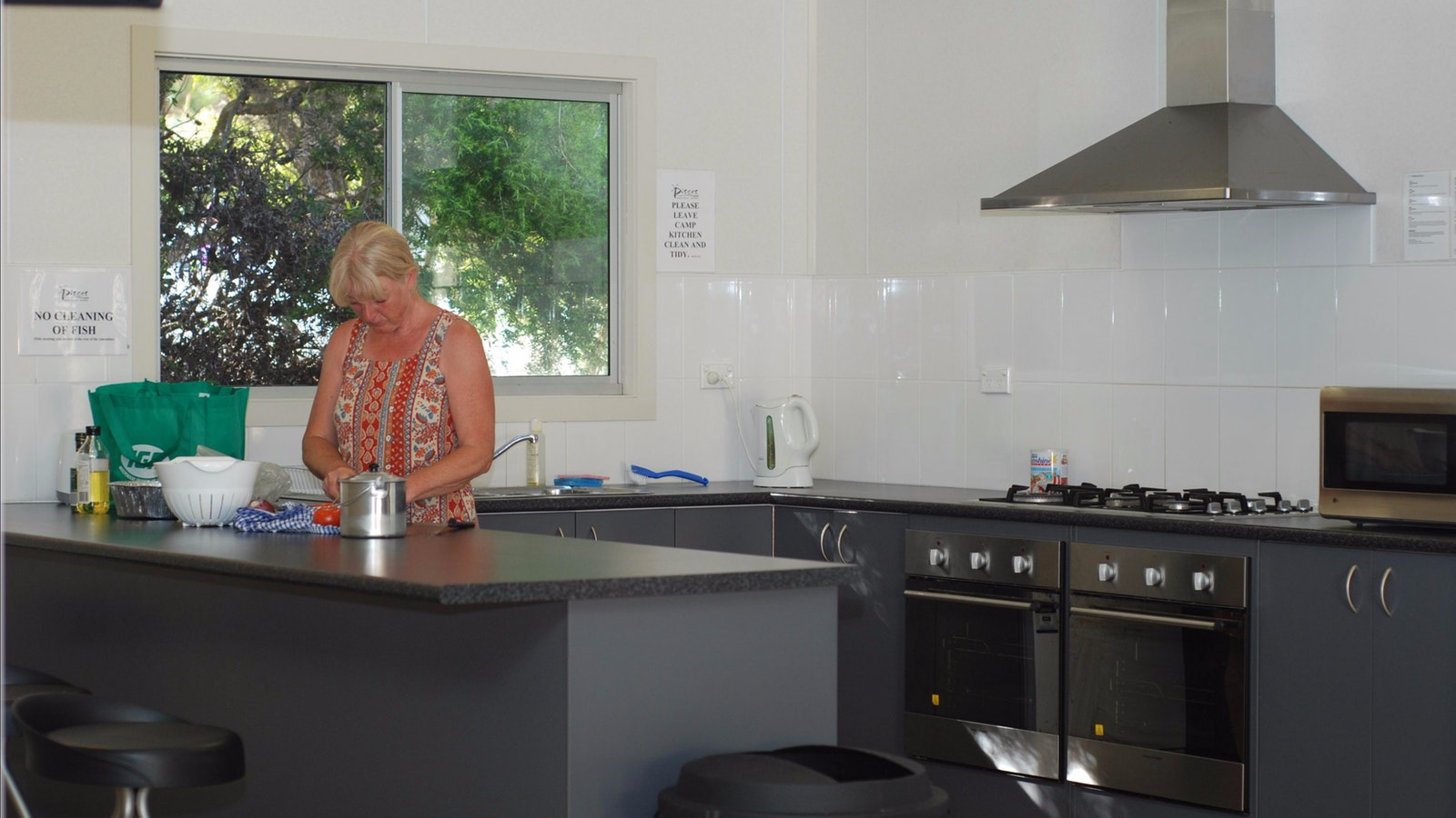 BIG4 Apollo Bay Pisces Camp Kitchen