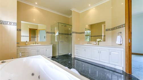 master bedroom ensuite with spa bath.