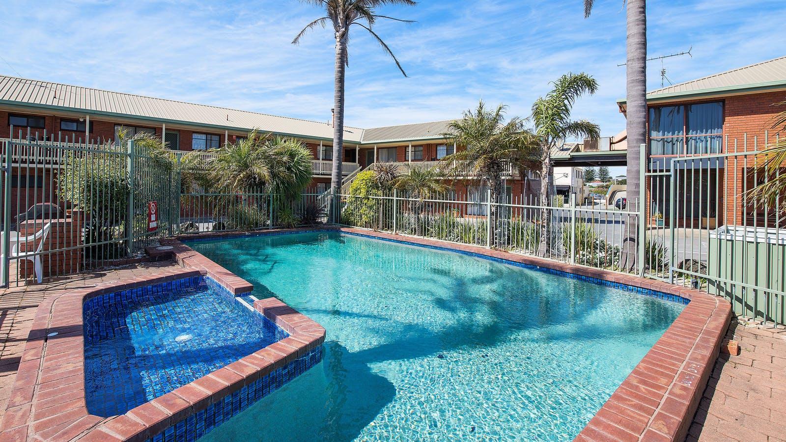 Beat the Heat  - IngroundSwimming pool