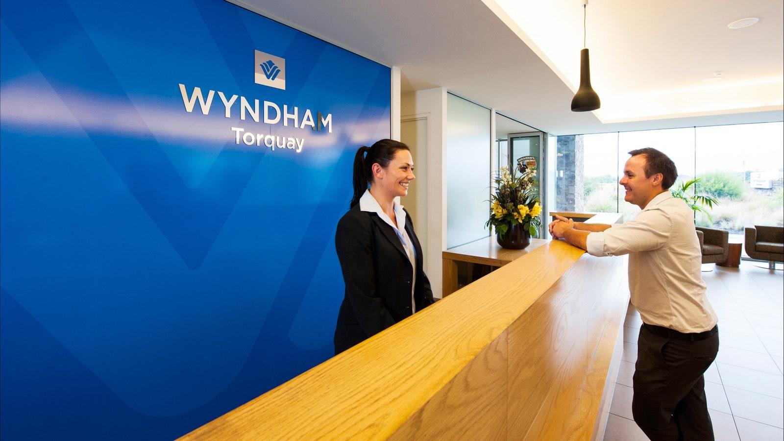Wyndham Resort Torquay reception