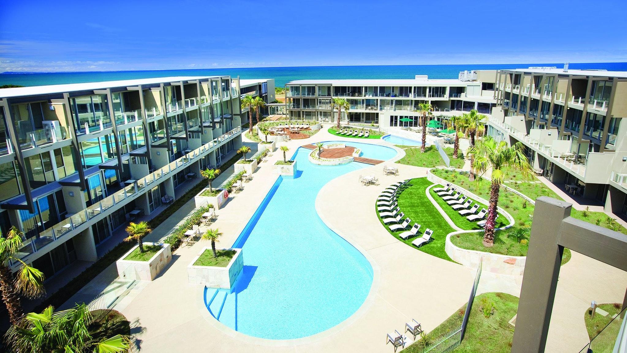 Hotel Esplanade Resort Amp
