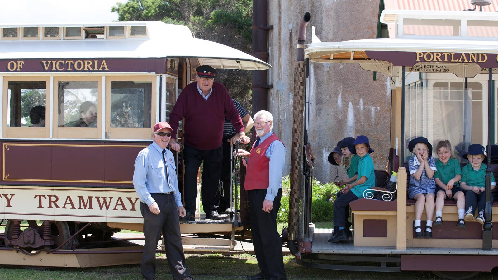 Portland Cable Trams, volunteers and conductor