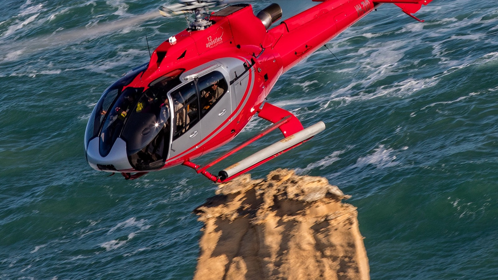 12 Apostles Helicopters