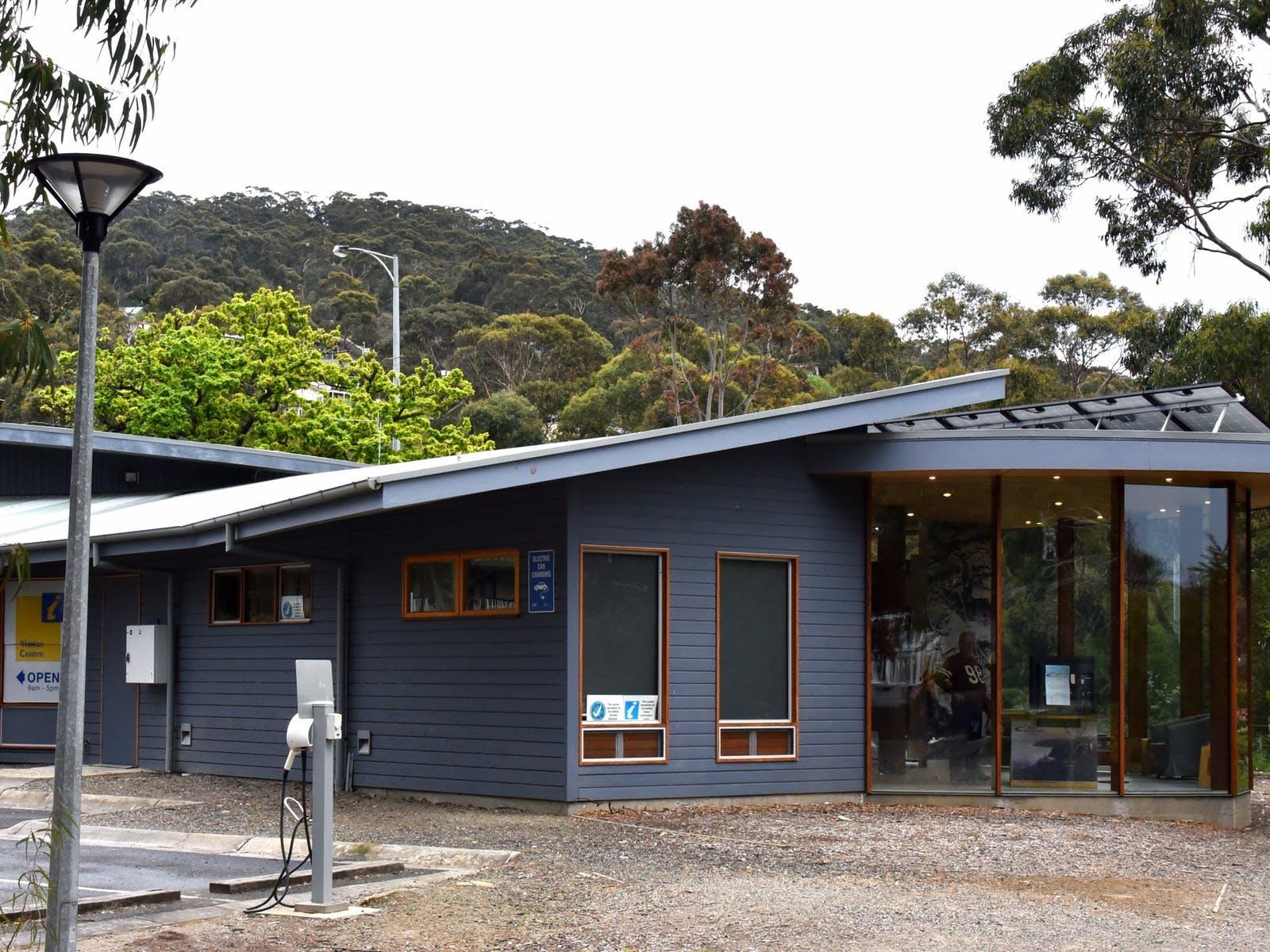 Lorne Visitor Centre