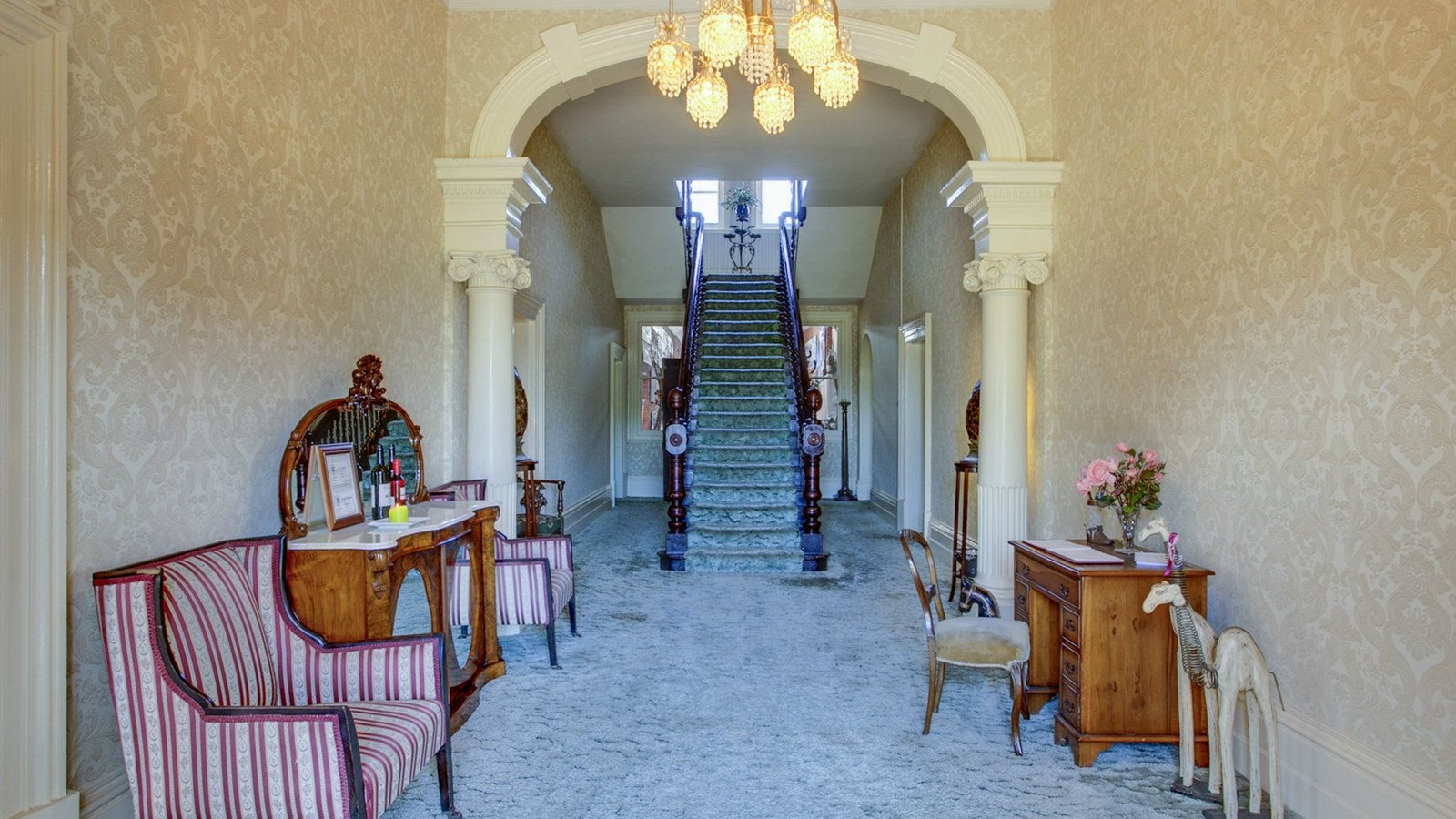 Highton Manor interior