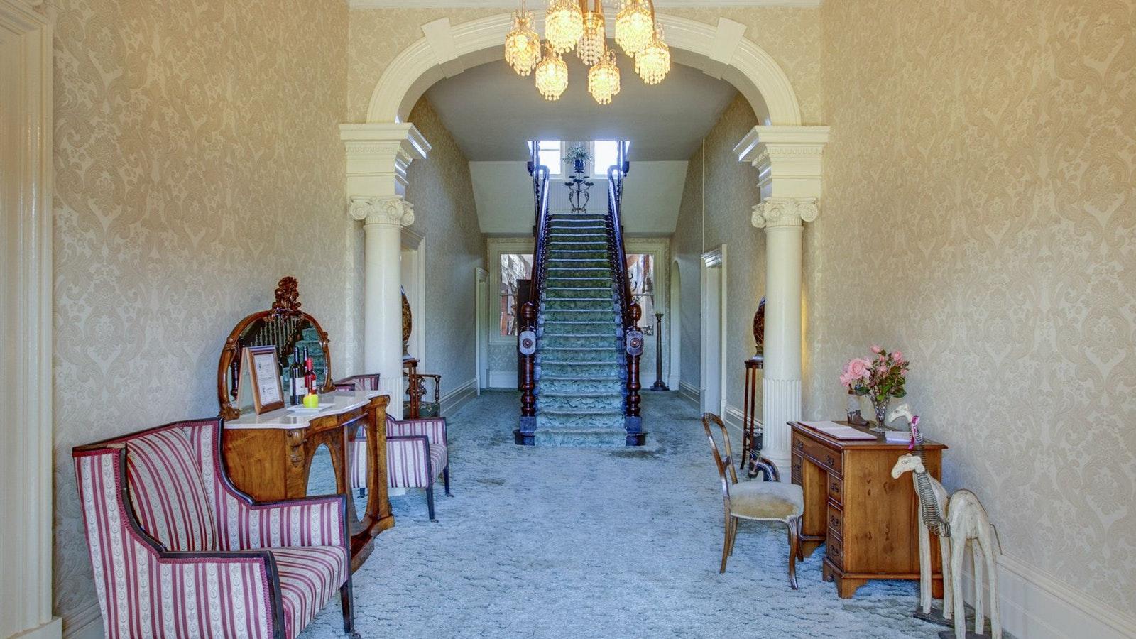 Highton Manor interior