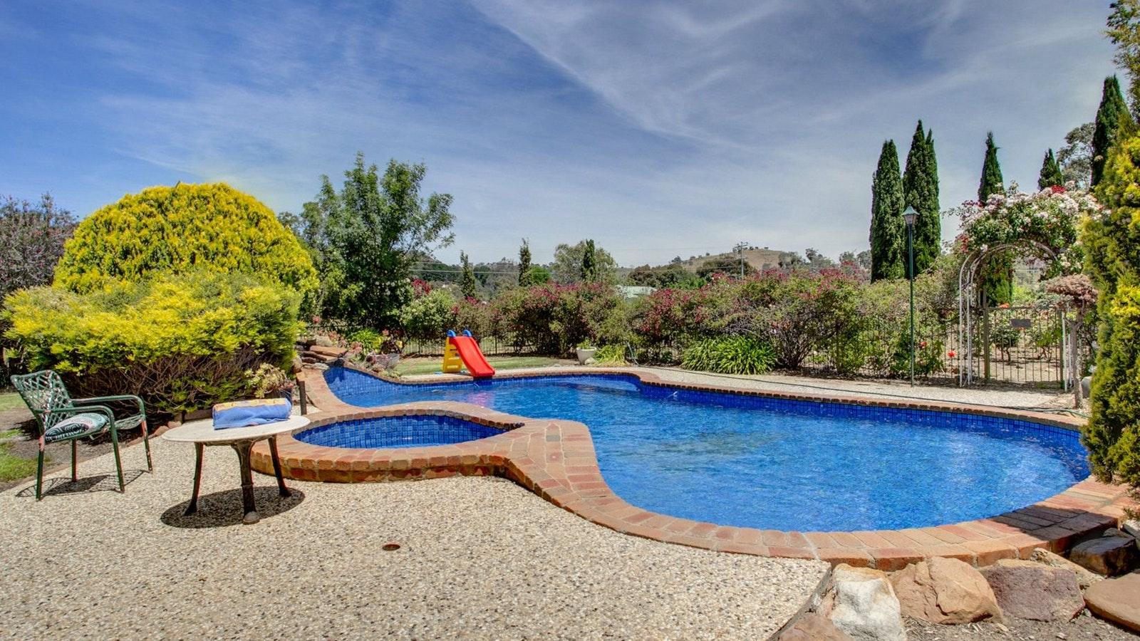 Highton Manor pool