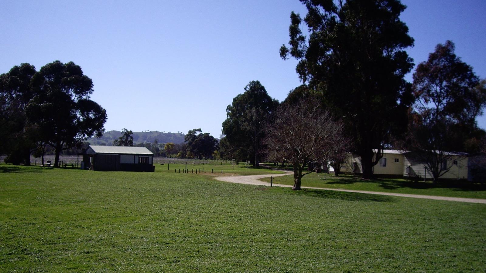 big4 taggerty playground paddock