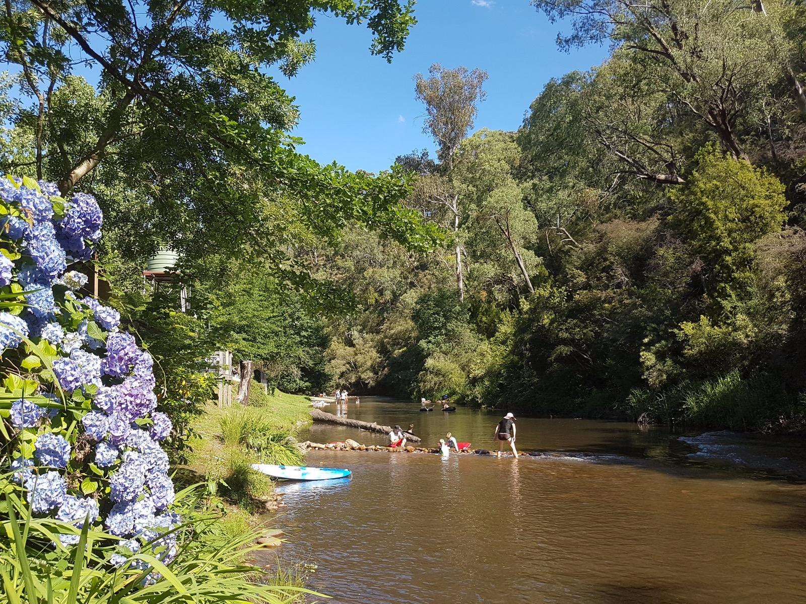 Jamieson River perfect weekend get away Maelbourne river fun high country victoria australia caravan