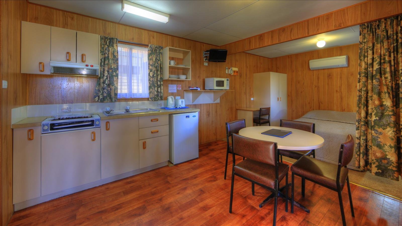 Budget Cabin - internal