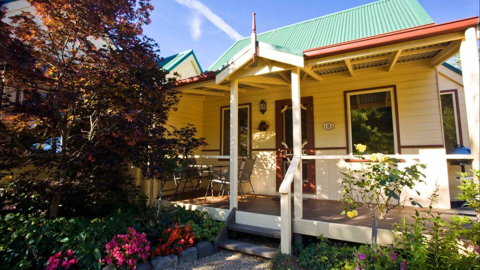 Autumn Abode Cottages