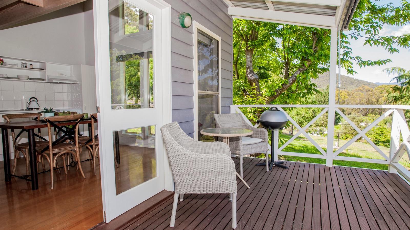 Bonnie's Cottage - Balcony