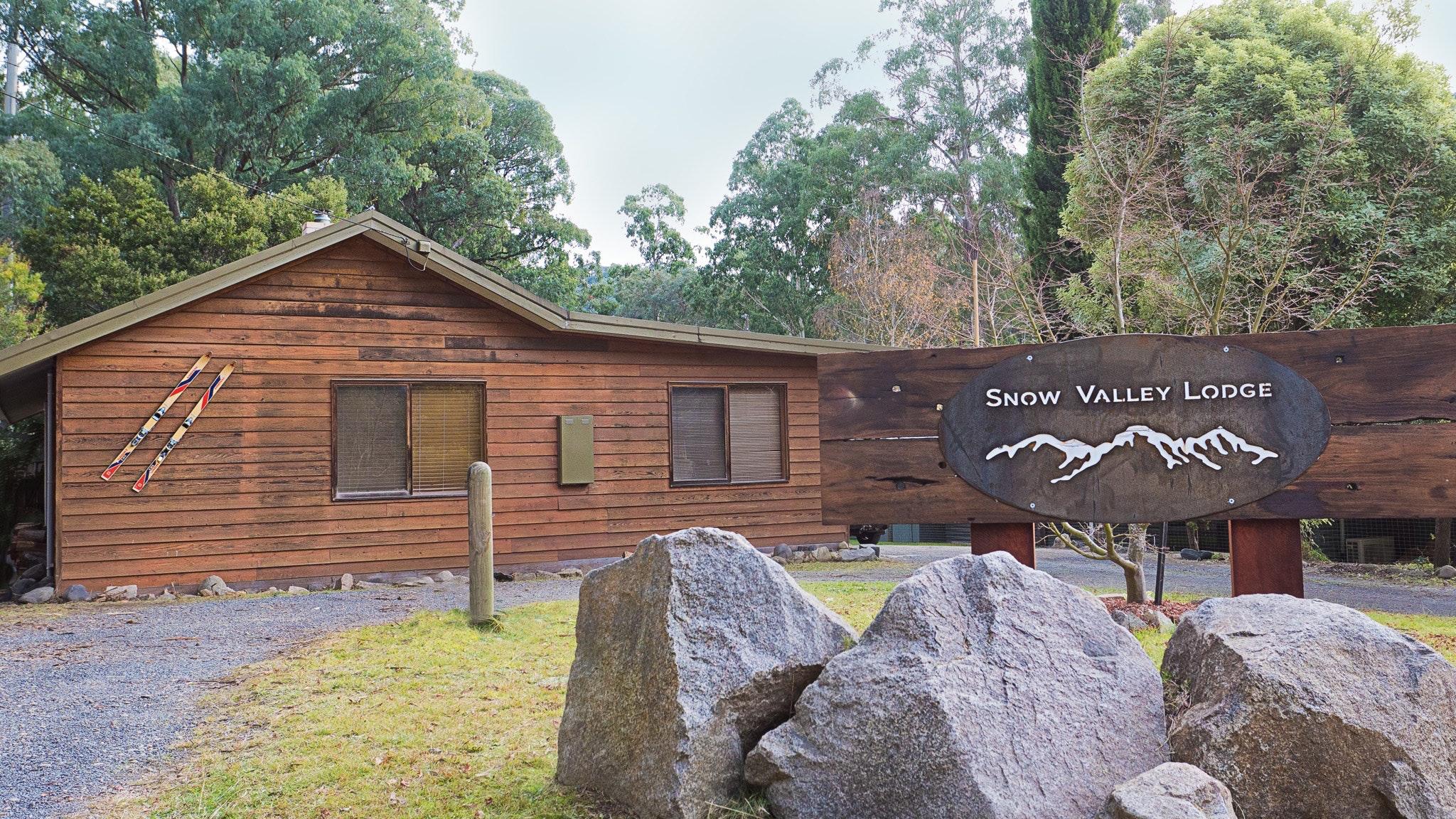 Snow Valley Lodge