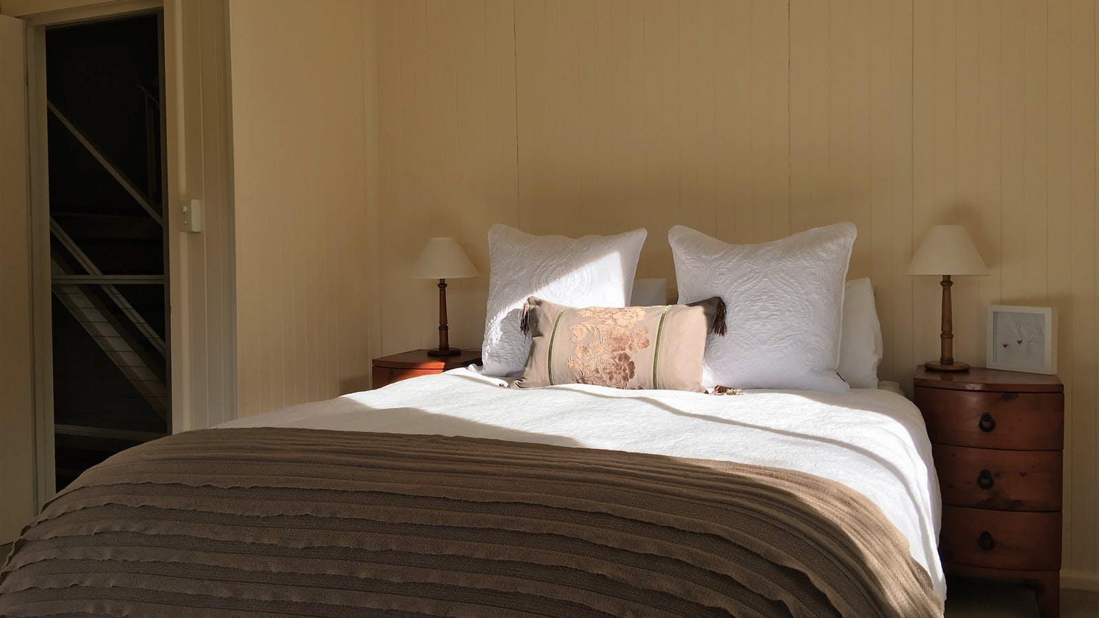 2nd Queen Bedroom - Level 2