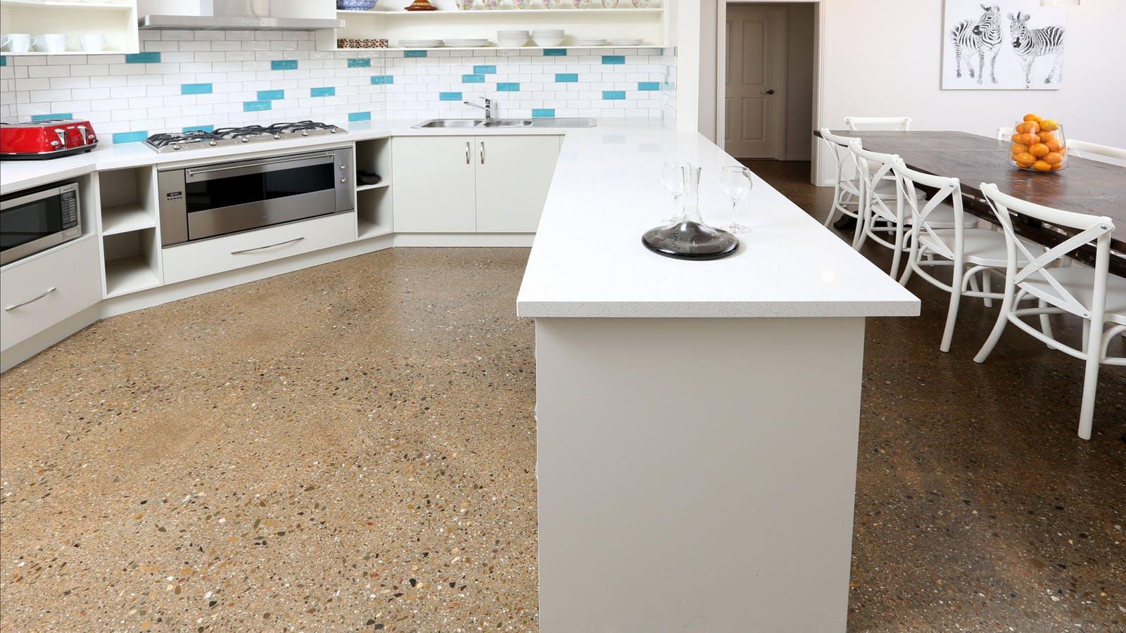New Miele/Smeg kitchen. Everything provided