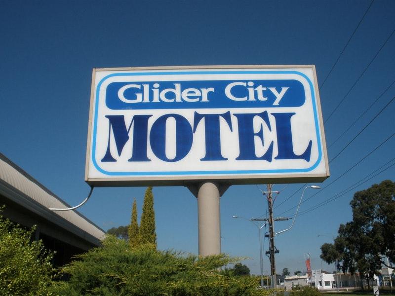 Glider City Motel