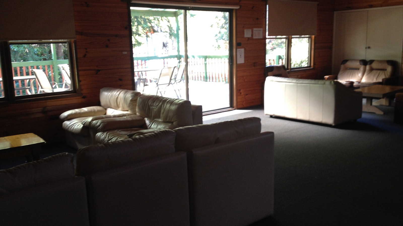 Shamrock Lodge Lounge area