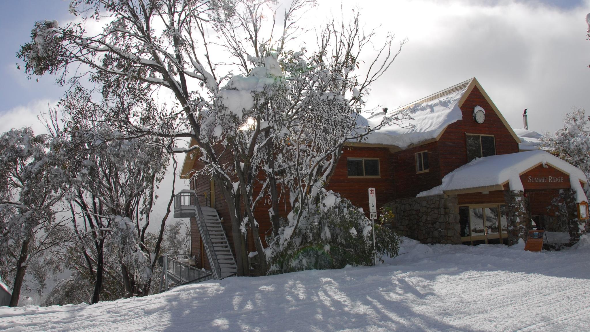 Summit Ridge Lodge, photographer Keith Archibald