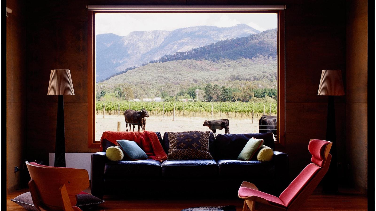 Cavedons Kilnhouse Lounge view
