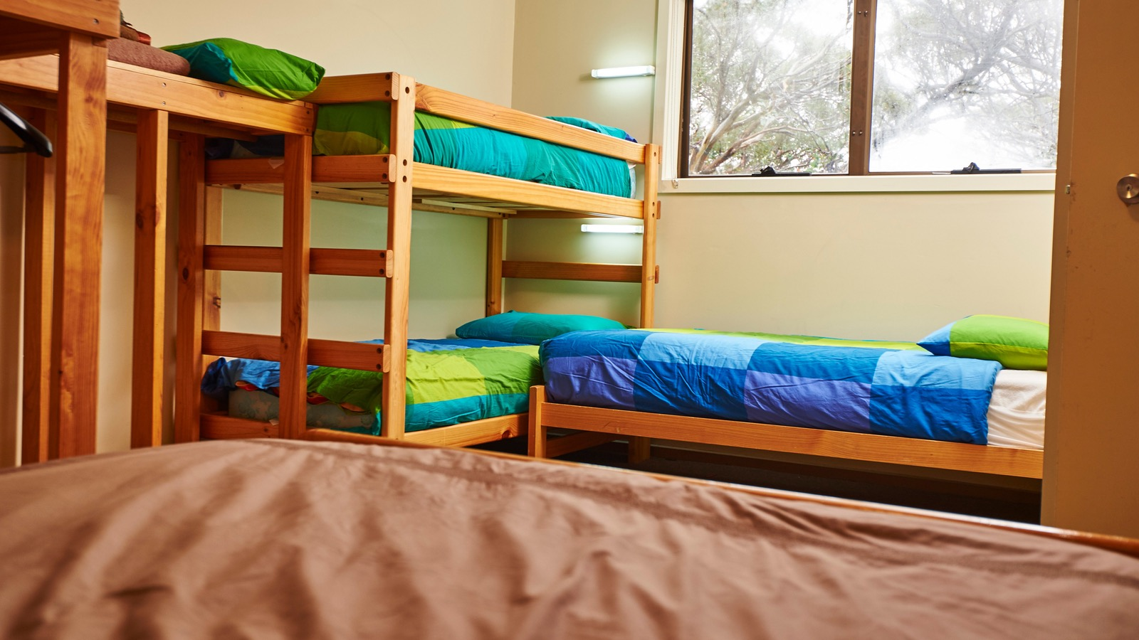 Room 5 with queen bed and ensuite at Cawarra Ski Club Mt Buller Accommodation