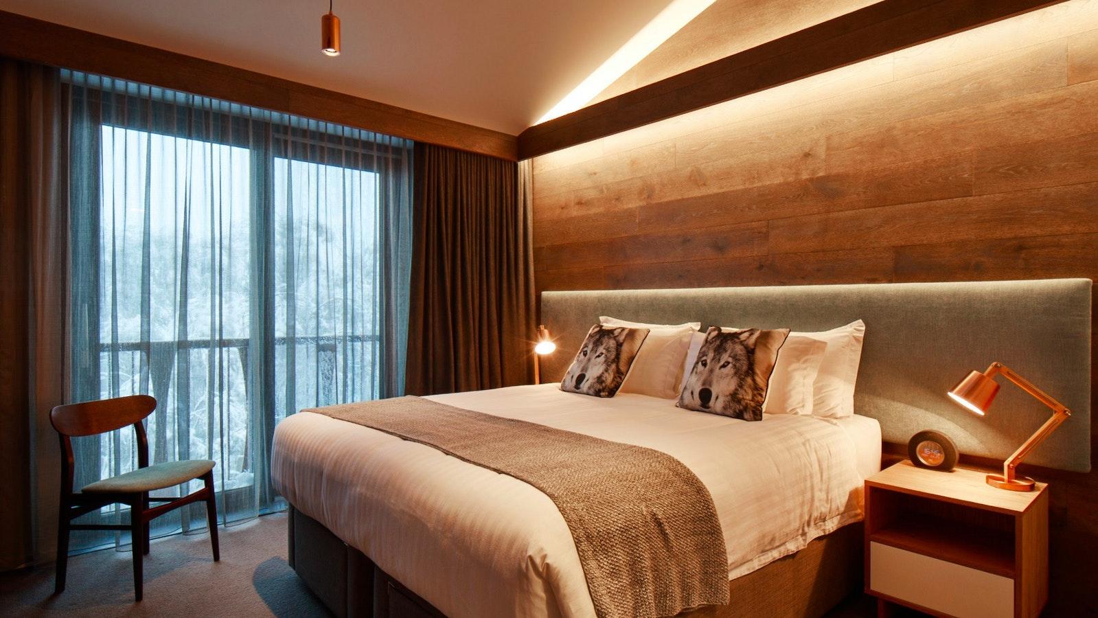 Astra_Room