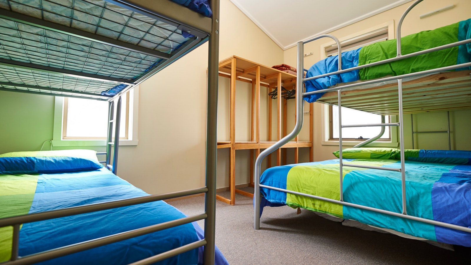 Room 4 Family room with ensuite accommodation Cawarra Ski Club Mt Buller