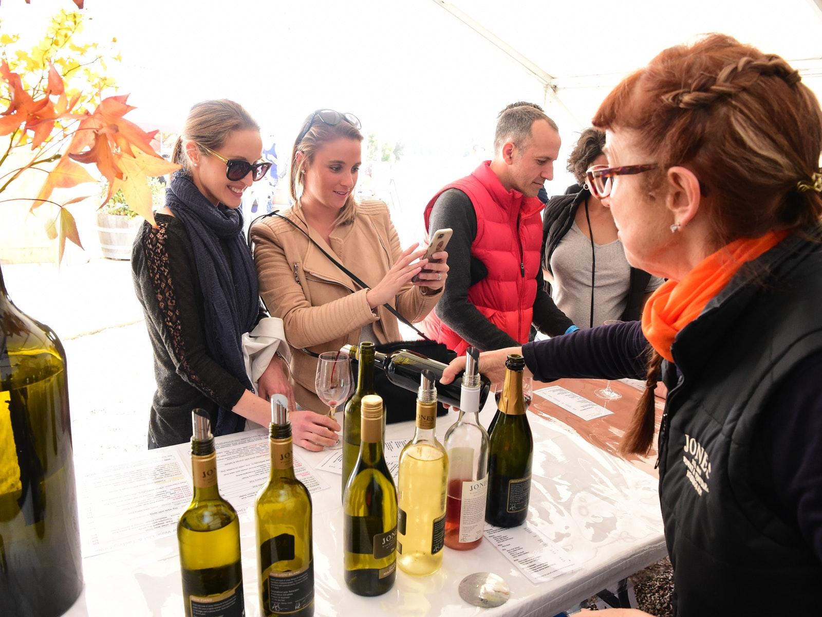 Winery Walkabout at Jones 2017
