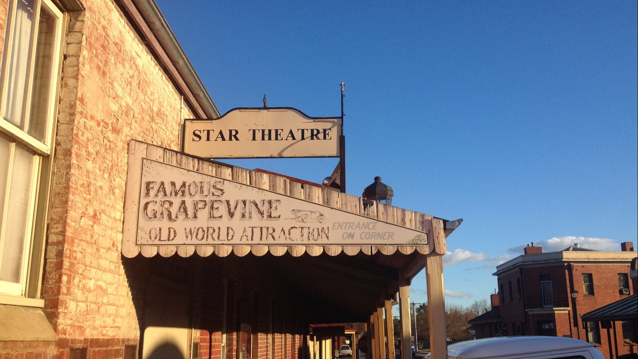 Star Theatre in Chiltern is where they show classic Australian films