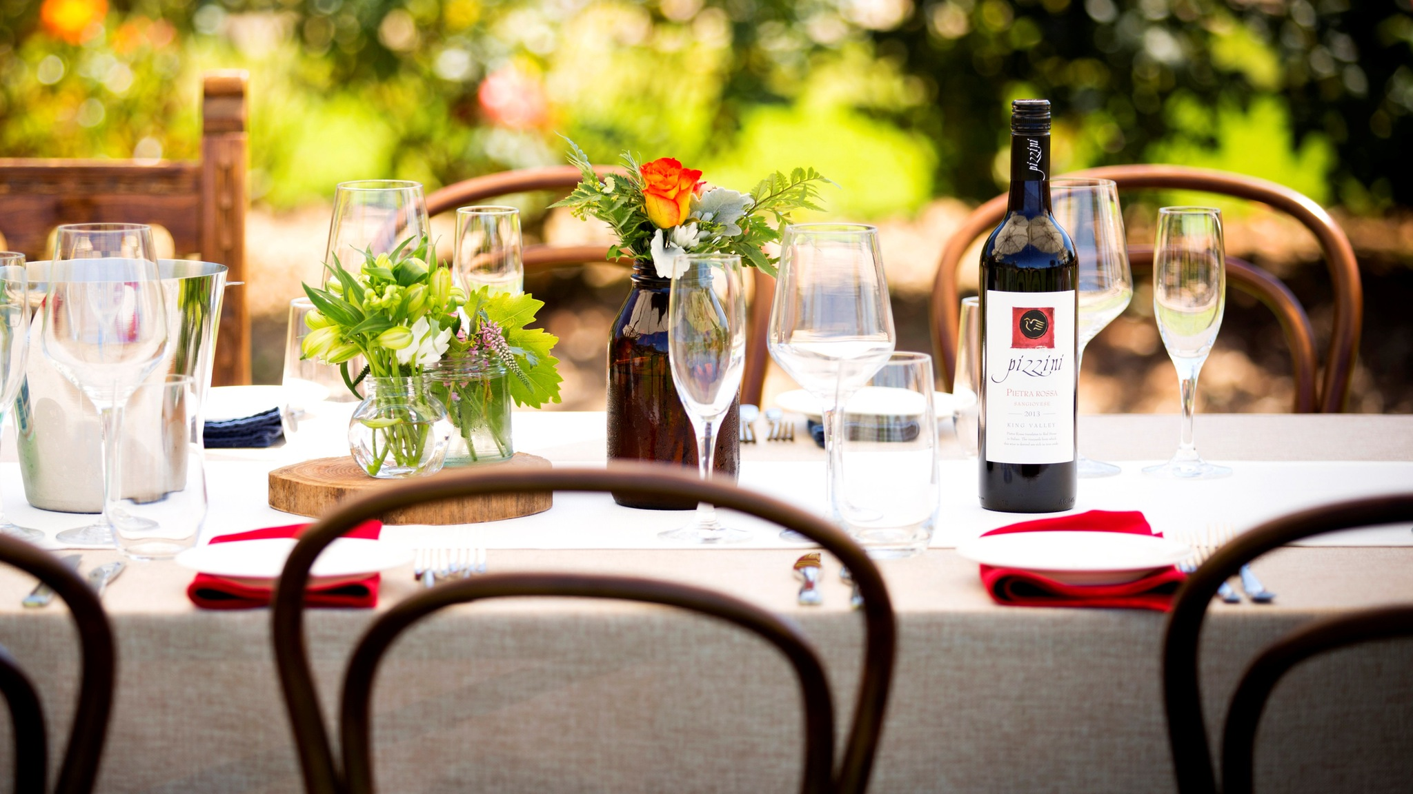 Alfresco dining at our Three Italians Long Lunch