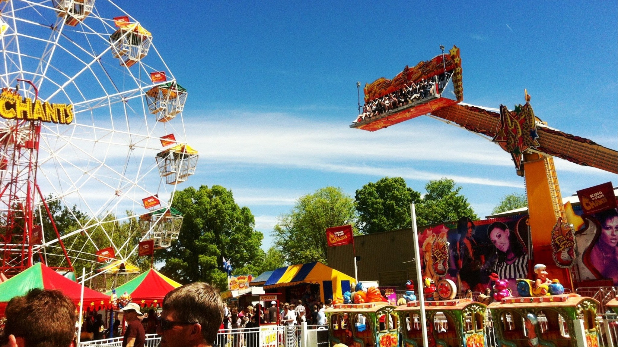 Myrtleford Show sideshow attractions