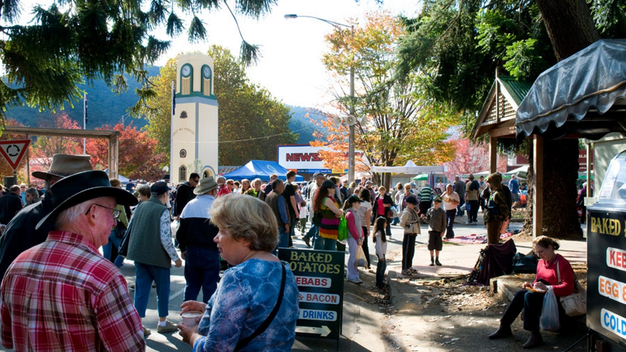 Bright Autumn Festival Rotary Market