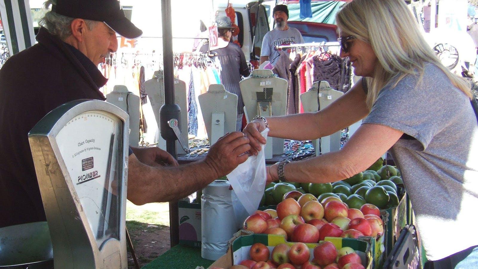 fresh produce at Violet Town Market