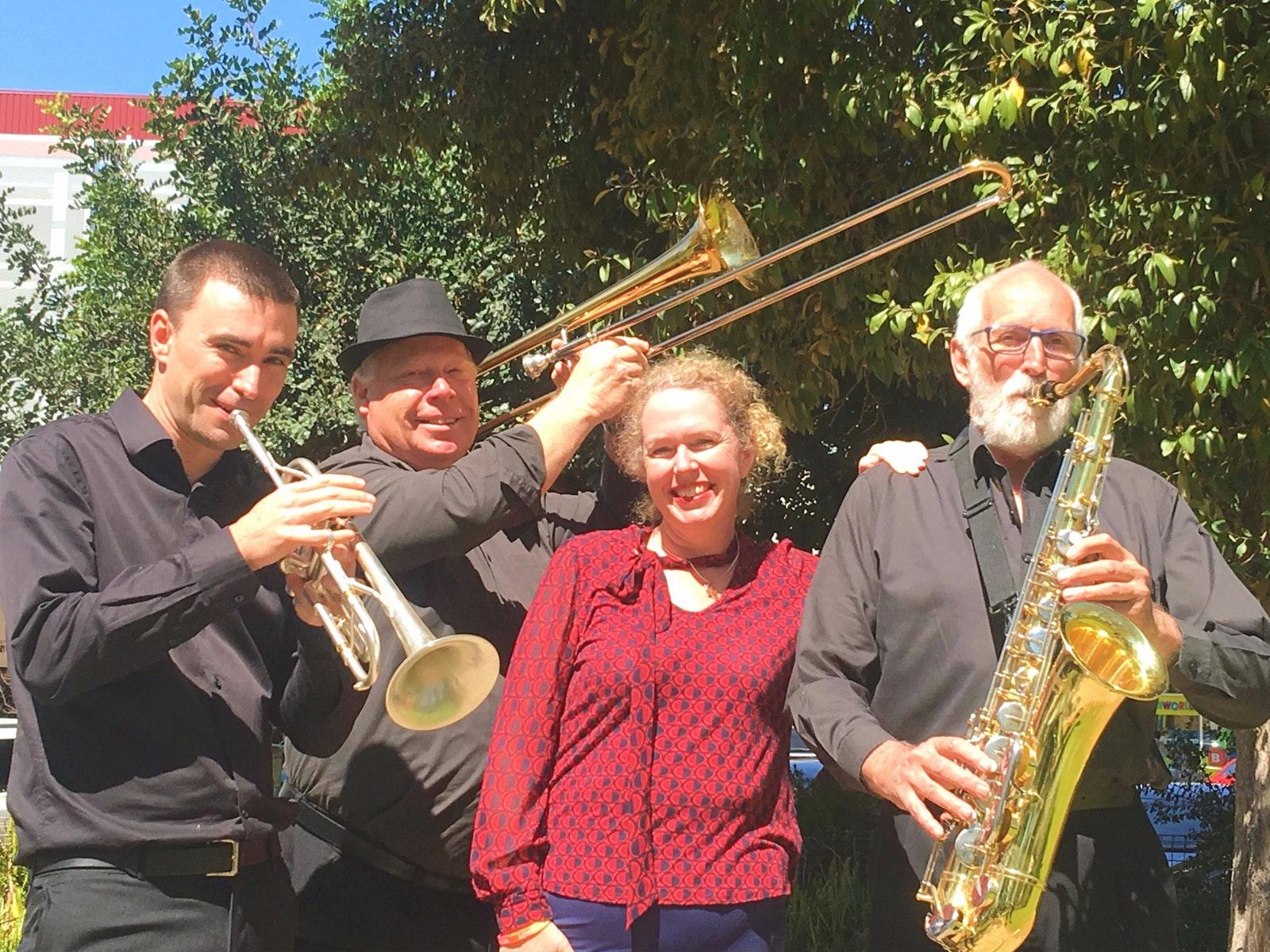 Jazzaratta Big Band - Swing into Spring