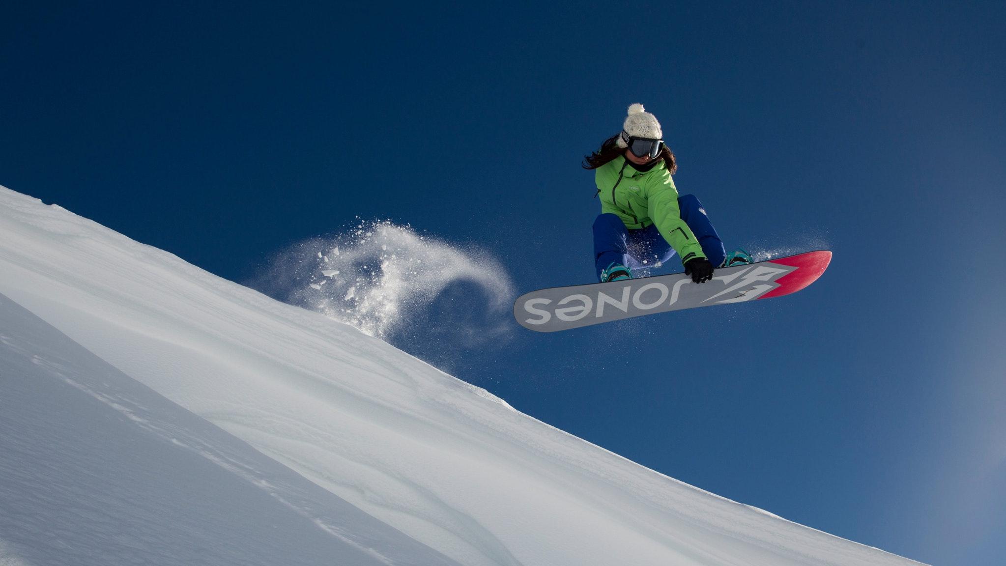 Women's Week Snowboard Program at Mt Hotham
