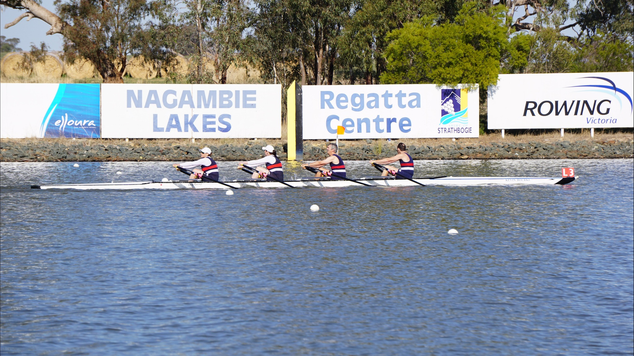 Footscray RC - rowing to victory at 2015 Masters Champs