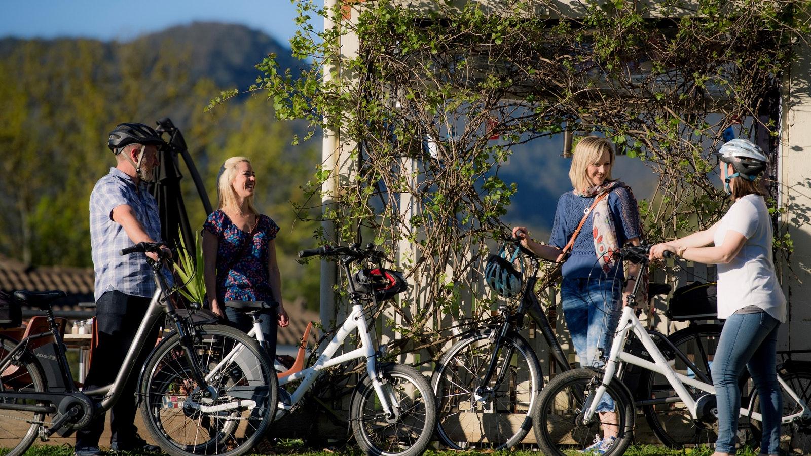 E-bikes at Rail Trail Cafe