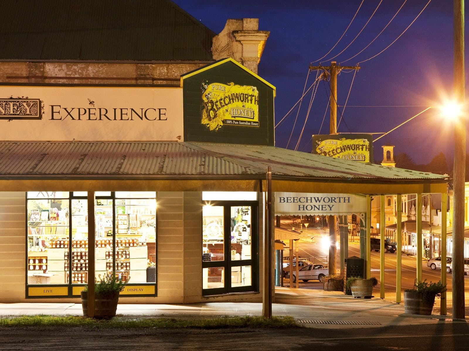 Visit Beechworth Honey Experience