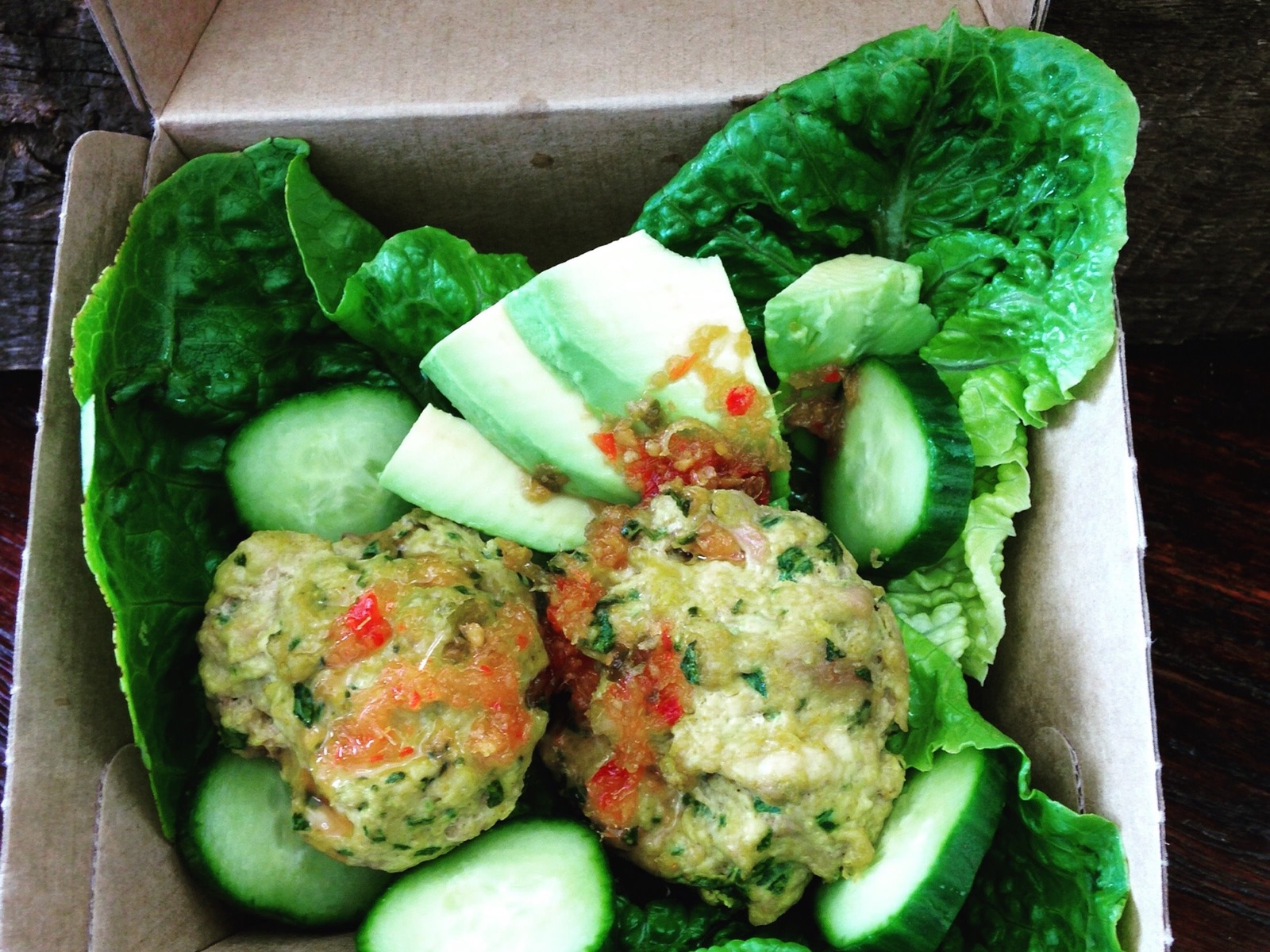 Milawa Organic Chicken Cakies with Homeade Thai Chilli Sauce