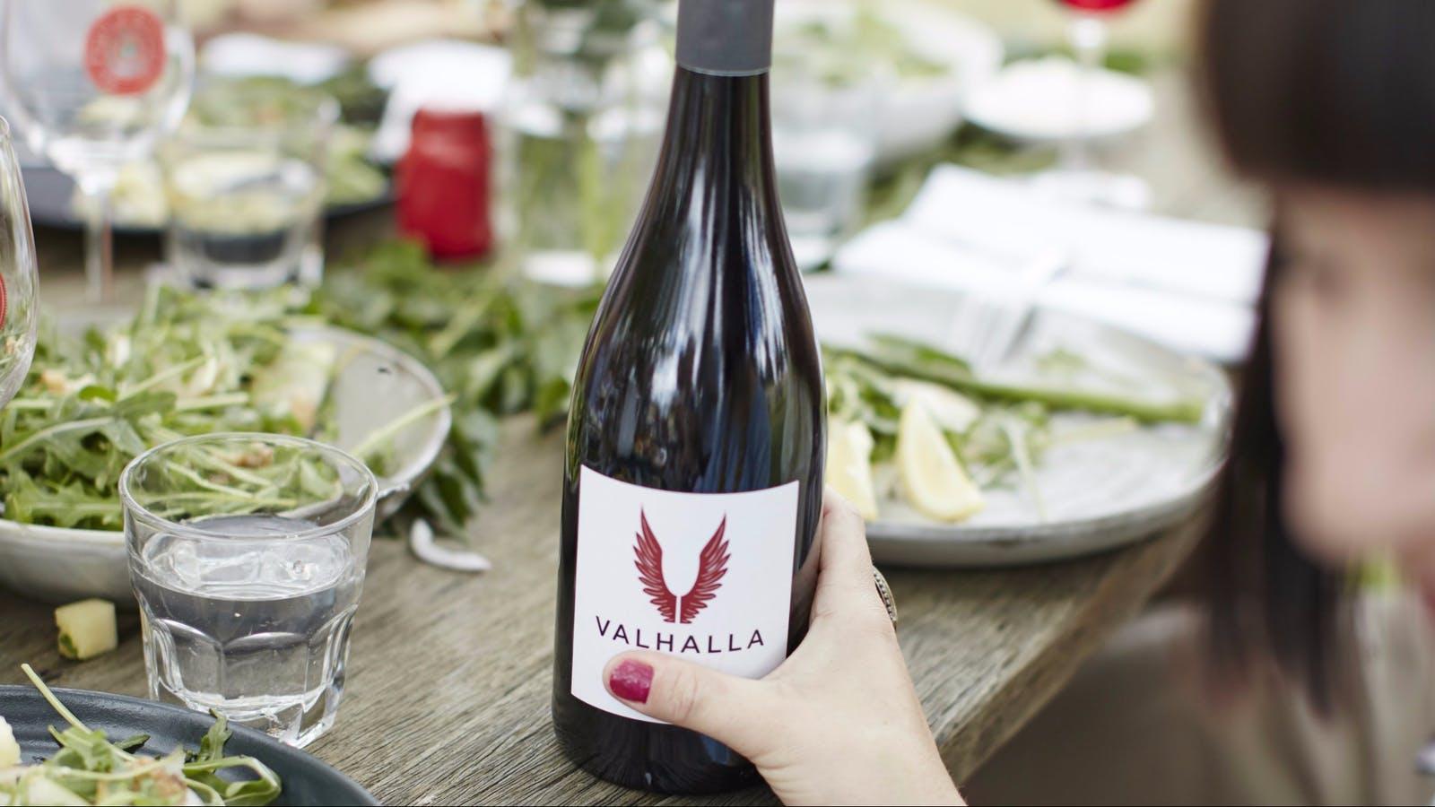 Valhalla bottle with food
