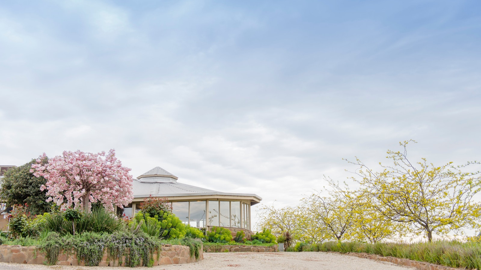 Spring in the Strathbogie Ranges - Fowles Wine Cellar Door Cafe