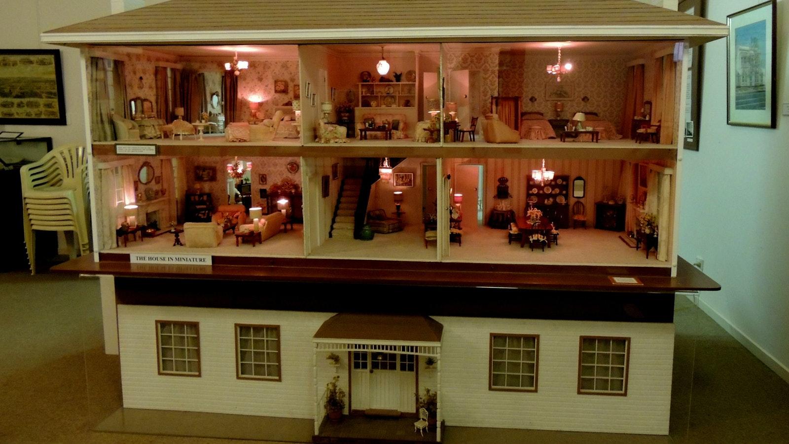 miniature house 1970's