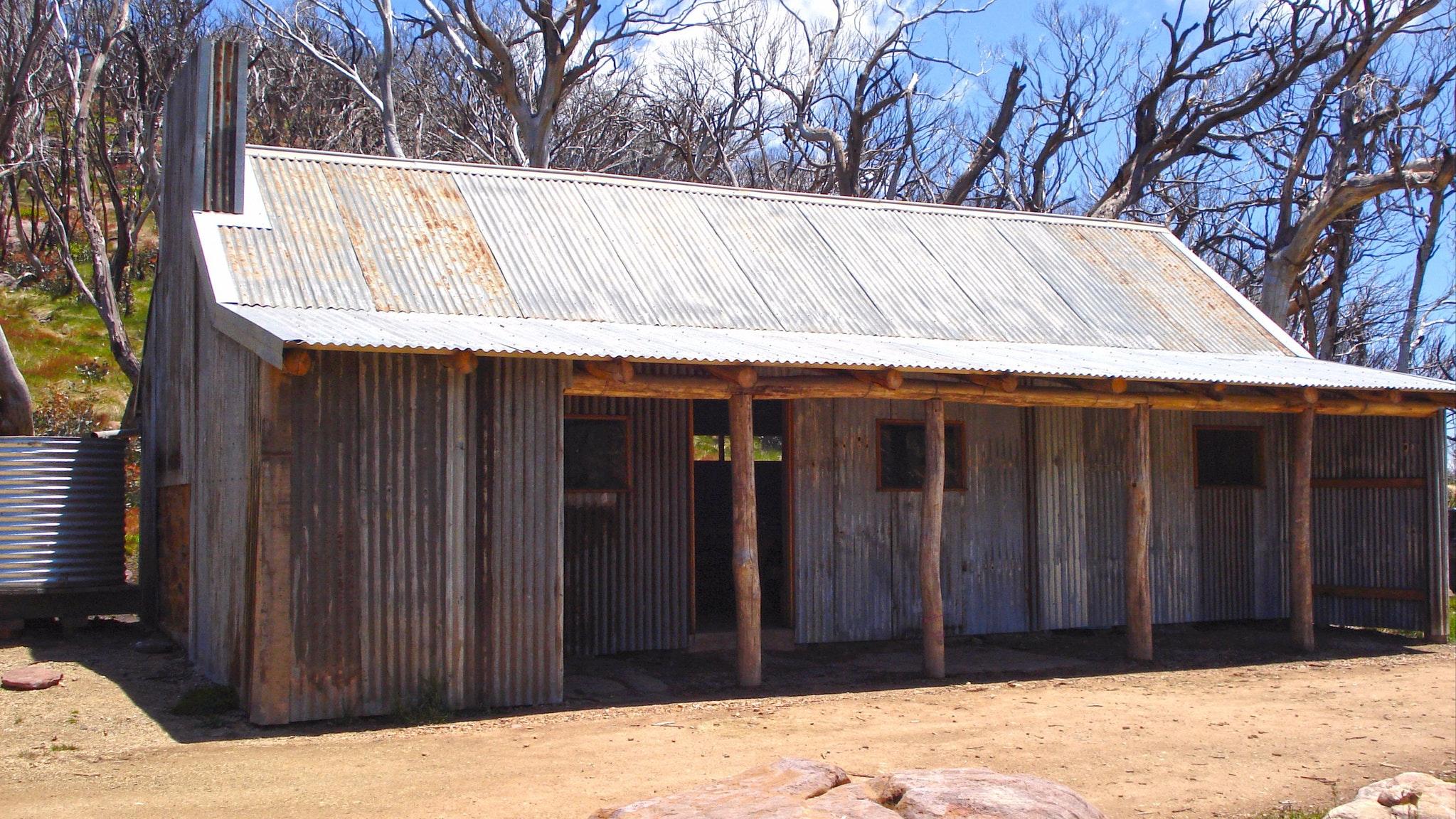 Bluff Hut