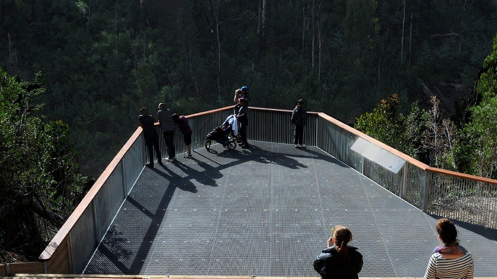 Masons Falls lookout