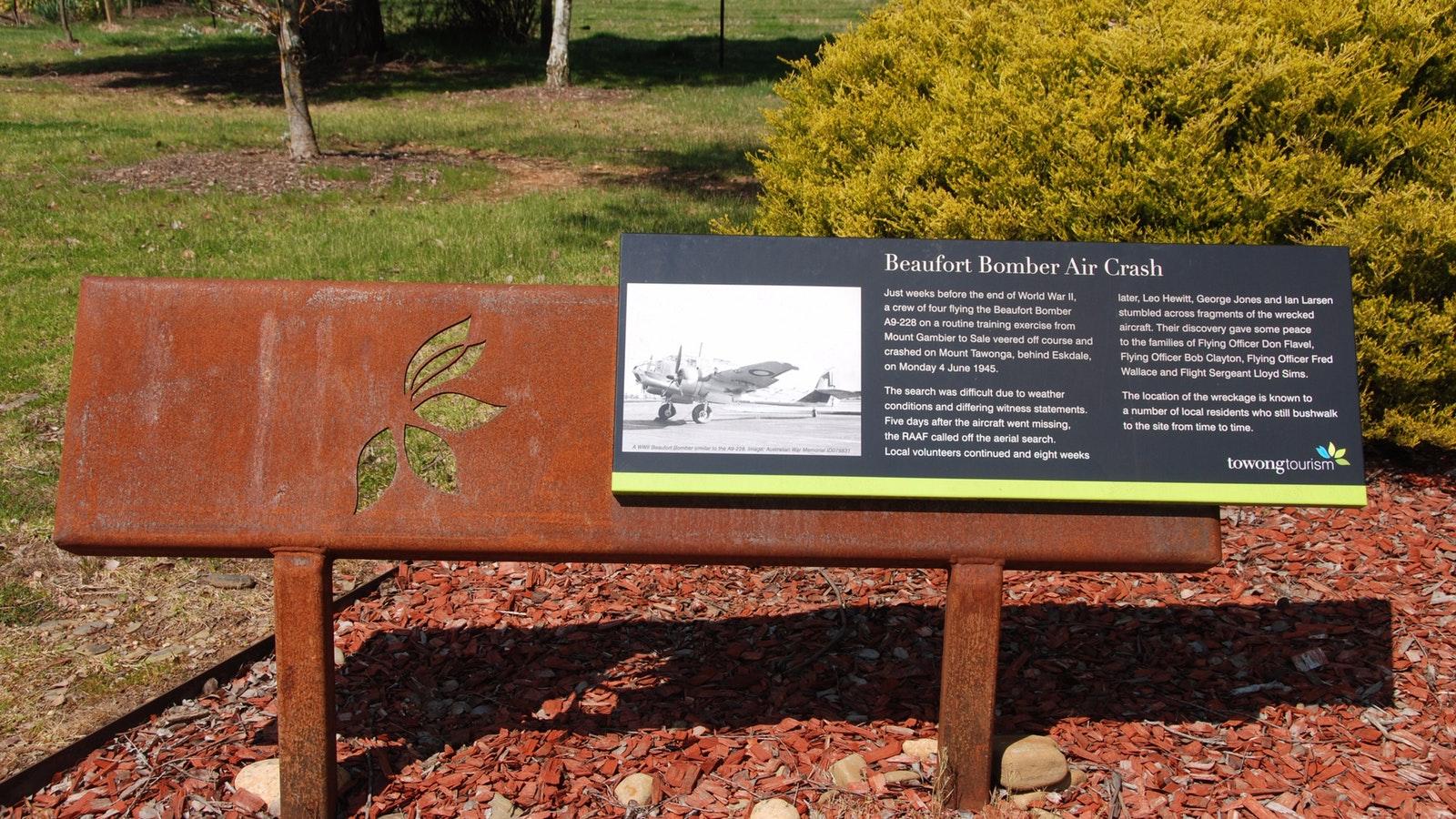 Eskdale roadside rest area - Beaufort Bomber Air Crash