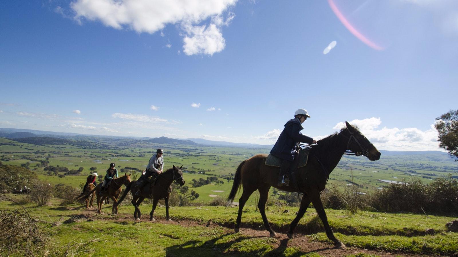 Spectacular scenery on horseback