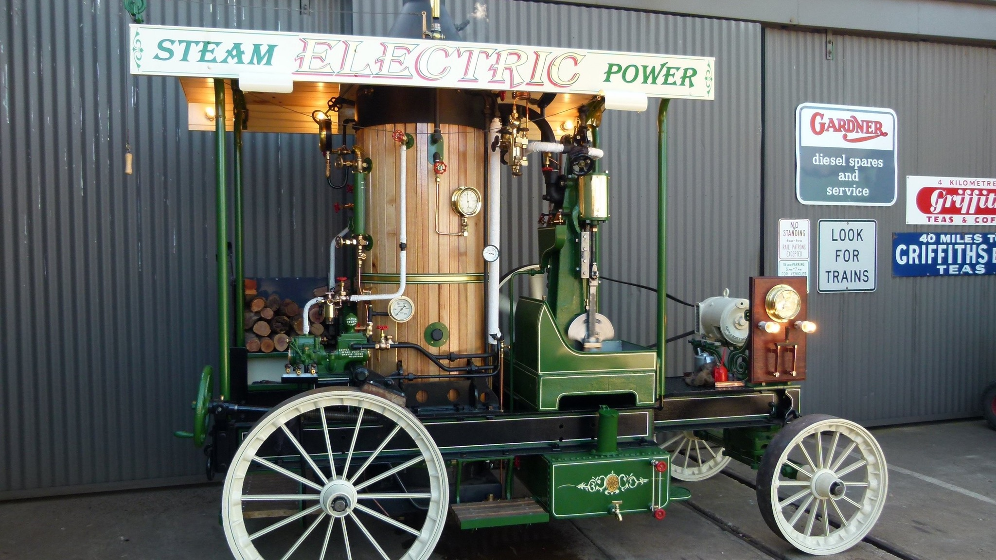 American Carousel Steam Engine generating electricity