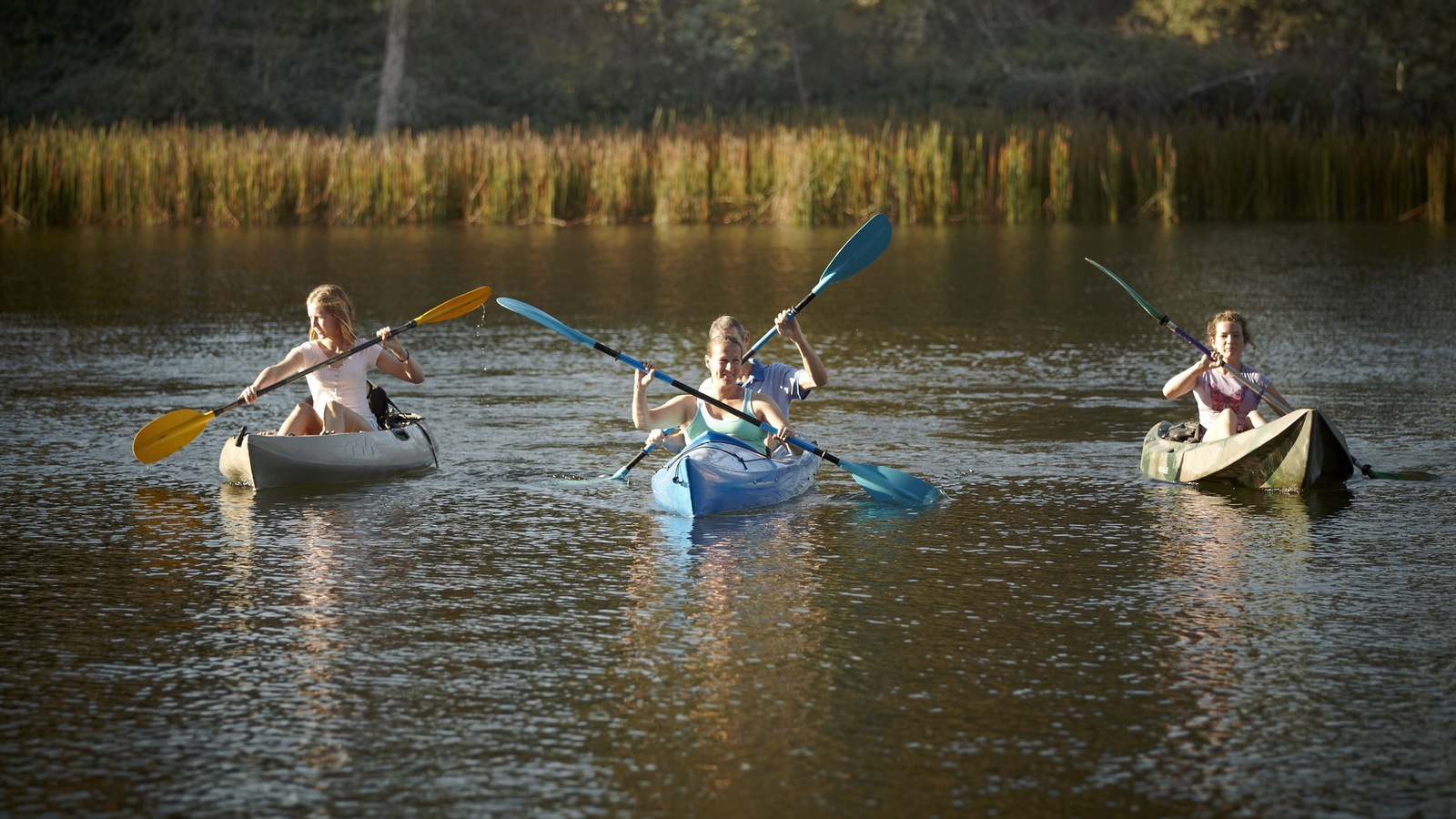 River Tribe Adventures paddle for picnic