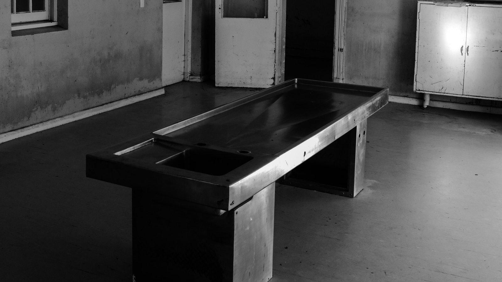 Morgue Table