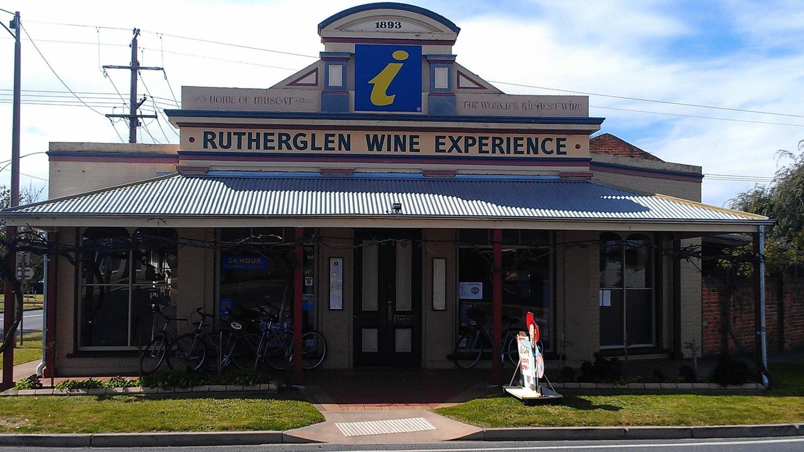 Front of Rutherglen Wine Experience