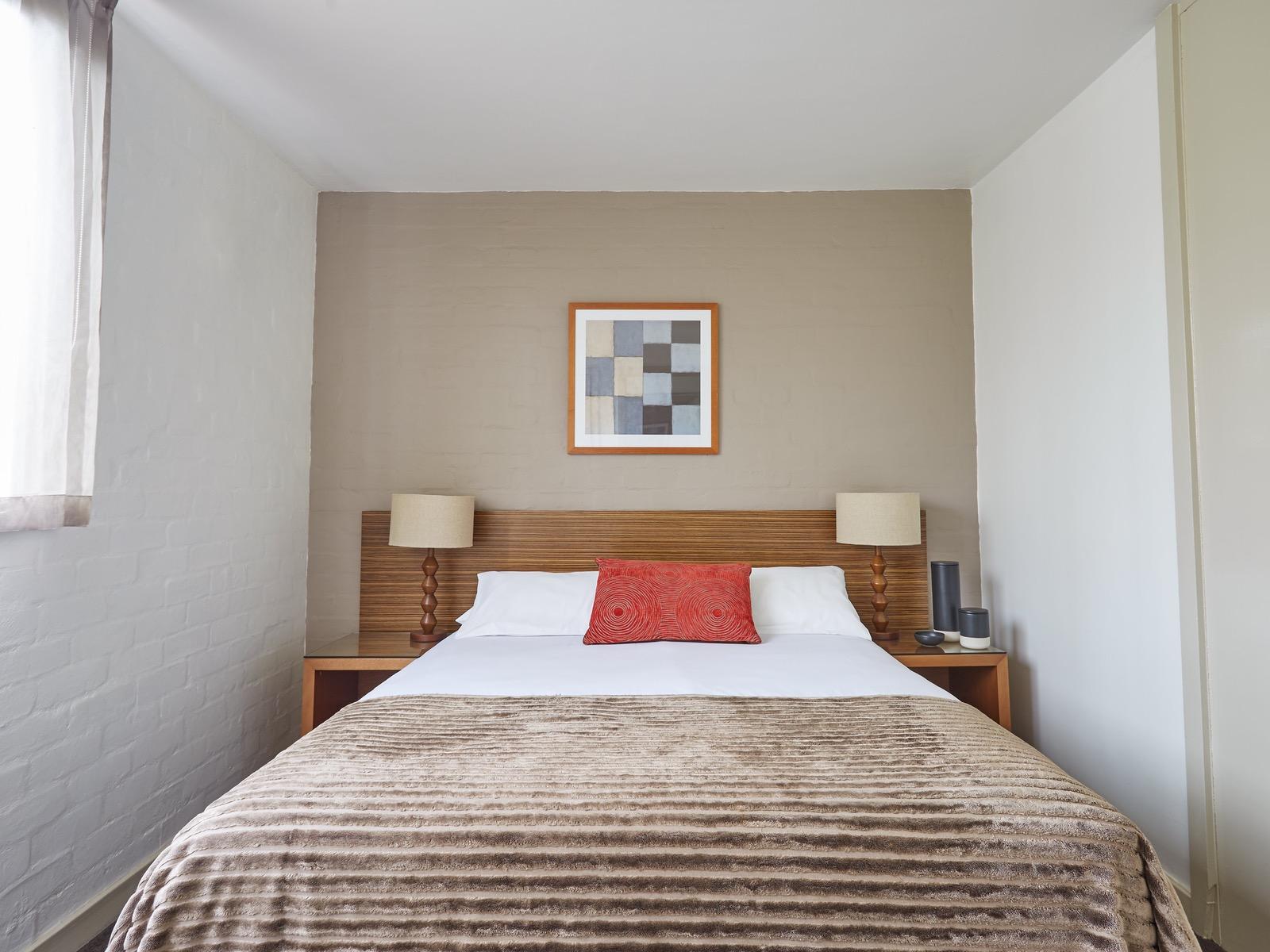One bedroom apartment - Bedroom